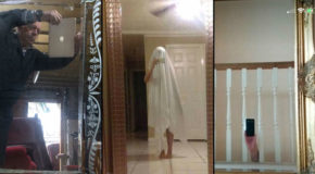21 Pictures of People Trying to Take Photos of Mirrors Theyre Selling